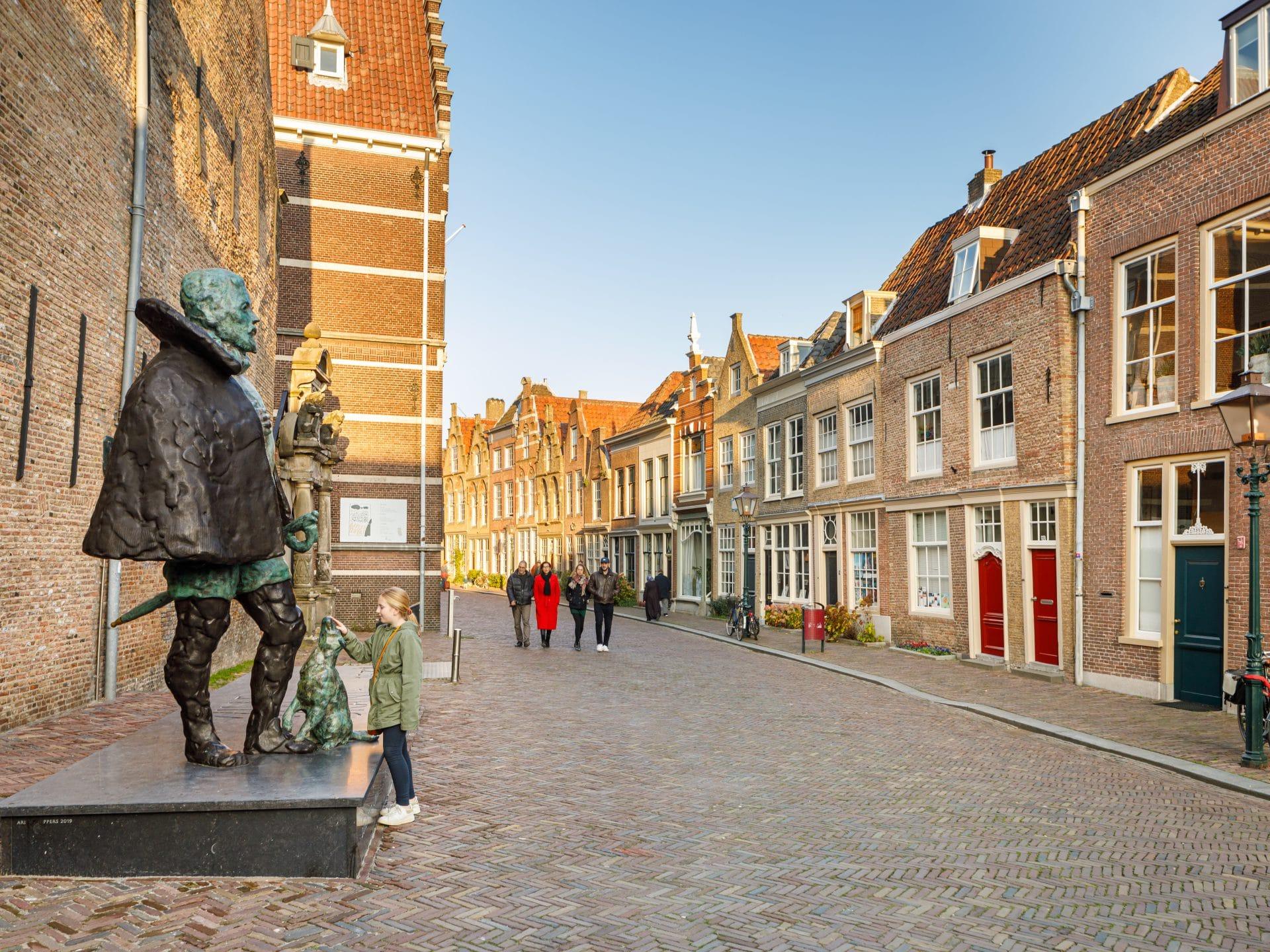 Hofstraat Dordrecht - standbeeld Willem van Oranje