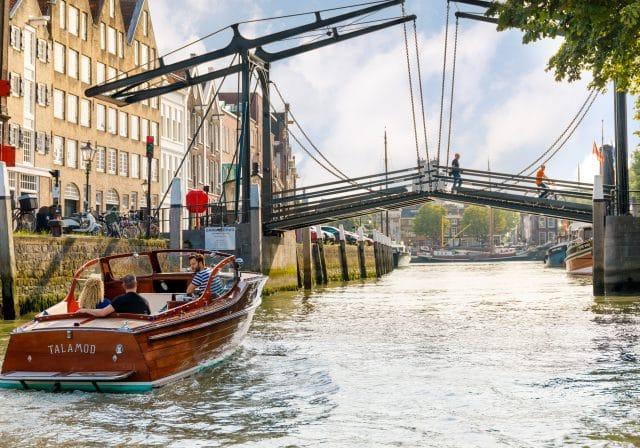 Rondvaart Barone Wolwevershaven Damiatebrug Dordrecht