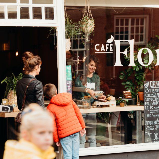 Café Flora - Dordrecht - Vriesestraat - koffie en gebak - lunch