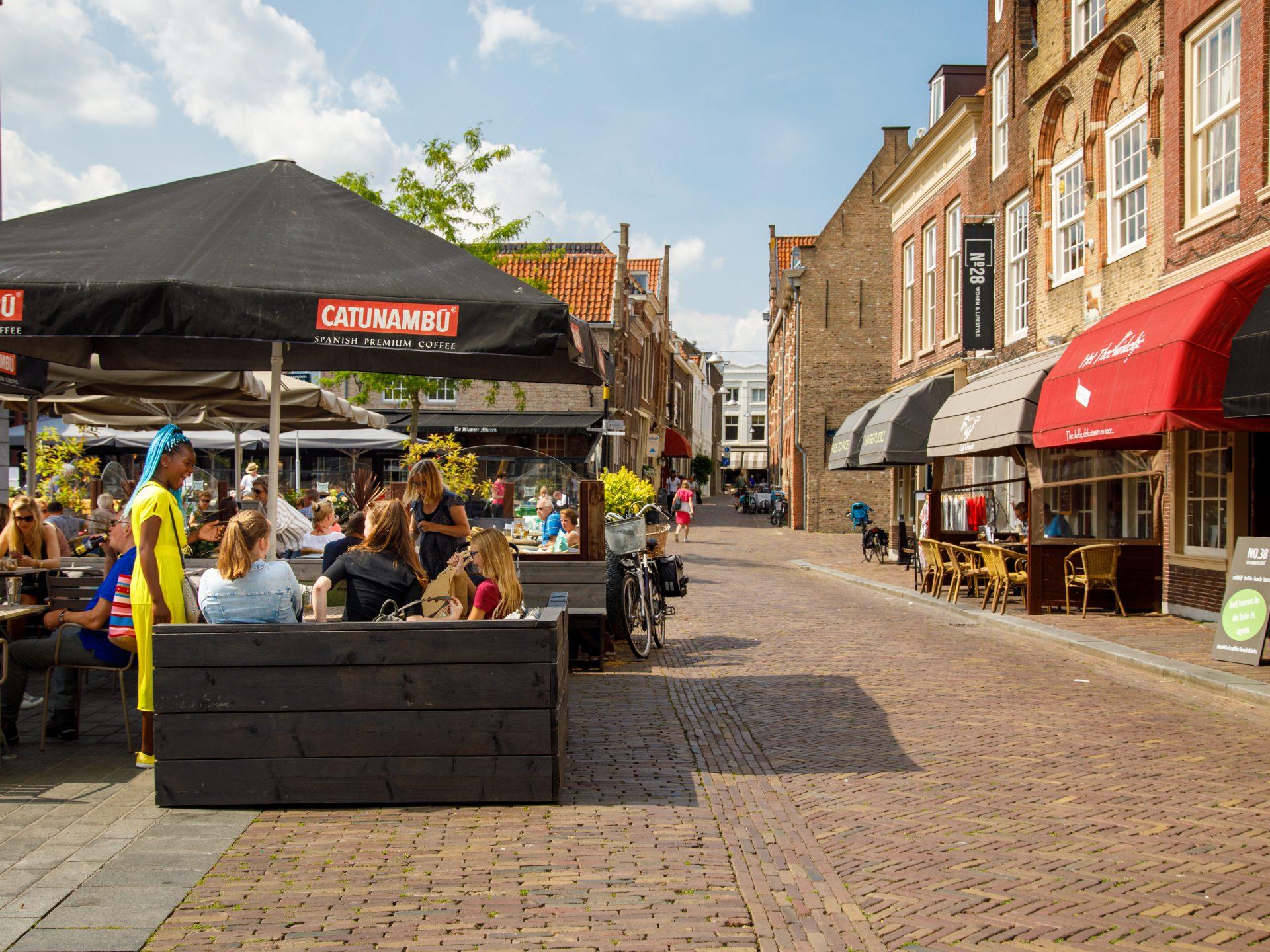 Statenplein terras No.38 Dordrecht Nieuwstraat