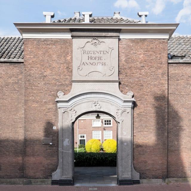 Regenten- of Lenghenhof Dordrecht - hofjesroute