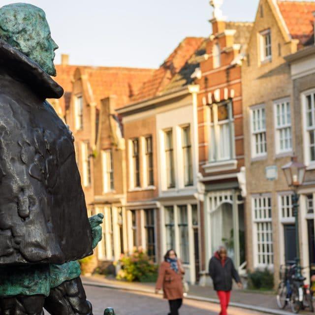 Standbeeld Willem van Oranje Hofstraat Nieuwstraat Dordrecht