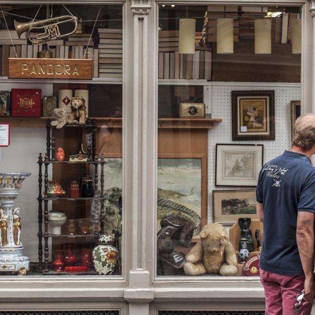 Pandora - Dordrecht - Wijnstraat - antiek - brocante - boeken