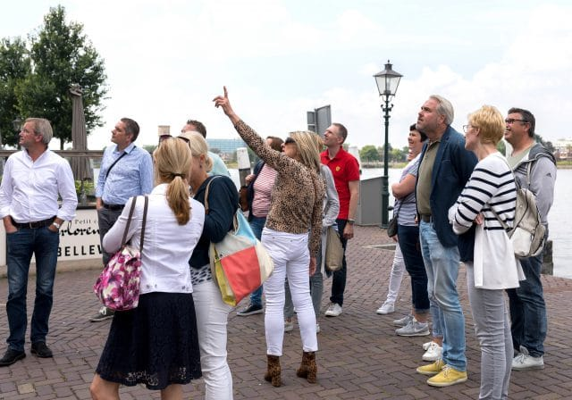 groep wandelaars - Groothoofd Dordrecht
