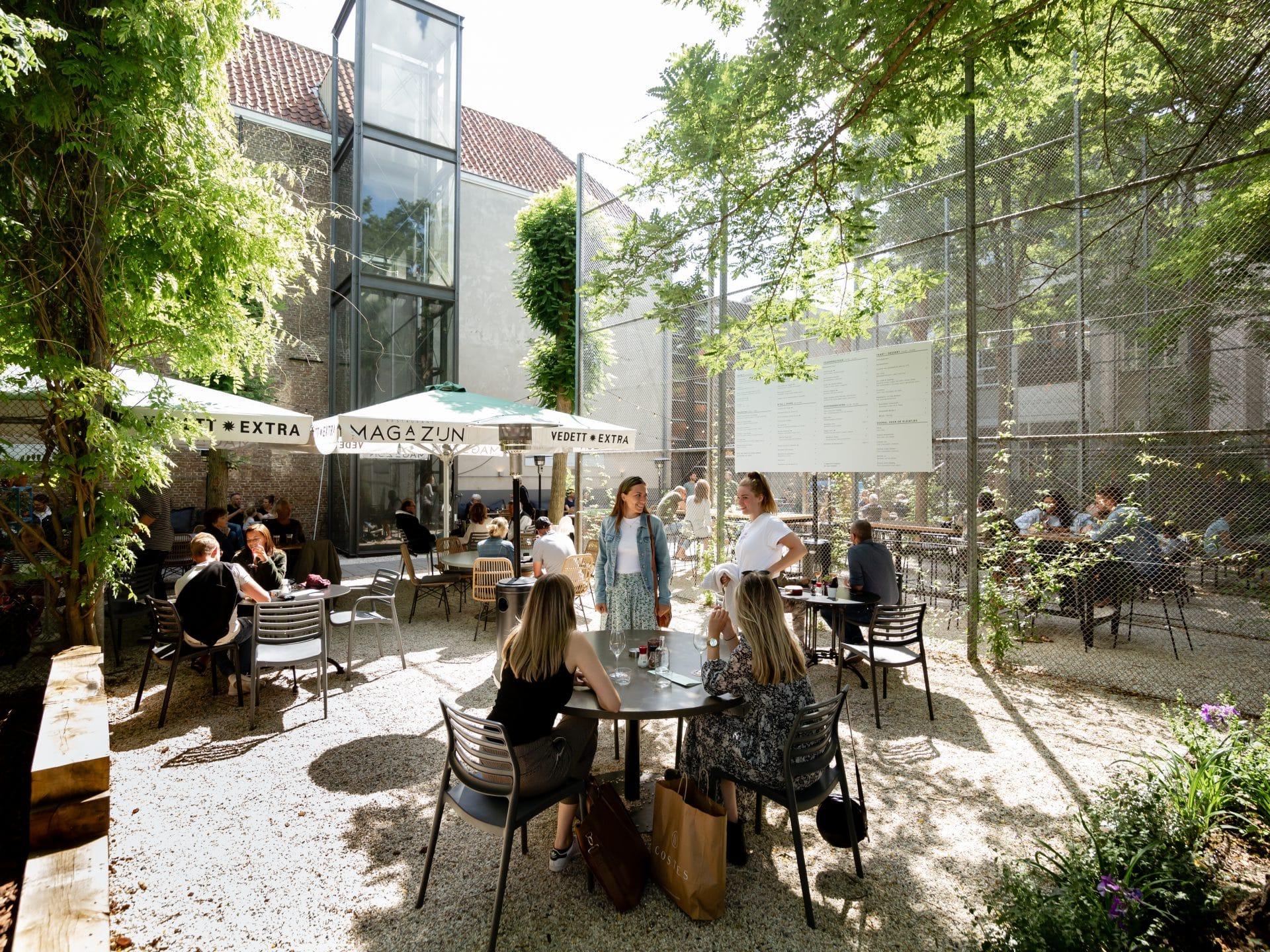 Restaurant Het Magazijn stadstuin terras Dordrecht