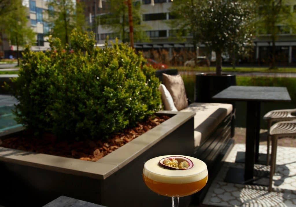 DOK Bar&Bites cocktail terras Dordrecht